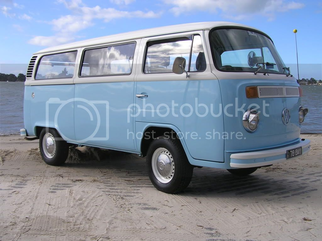 http://i544.photobucket.com/albums/hh355/VDUBBLOKE/kombi/P7220007.jpg