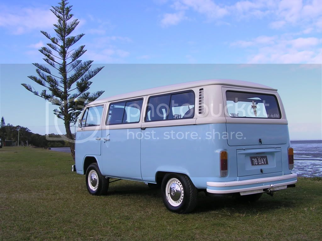 http://i544.photobucket.com/albums/hh355/VDUBBLOKE/kombi/P7220019.jpg