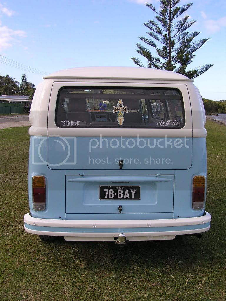 http://i544.photobucket.com/albums/hh355/VDUBBLOKE/kombi/P7220025.jpg
