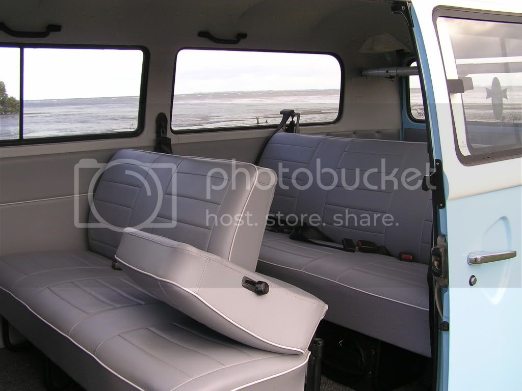 http://i544.photobucket.com/albums/hh355/VDUBBLOKE/kombi/P7220037.jpg
